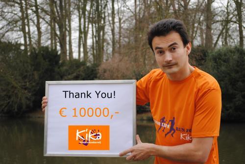 Hoera!  Ramon de la Fuente 10.000 EURO voor KiKa
