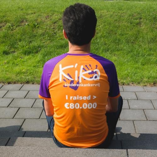 KiKa hardloop shirt. Al € 80.000,- euro ingezameld voor KiKa!
