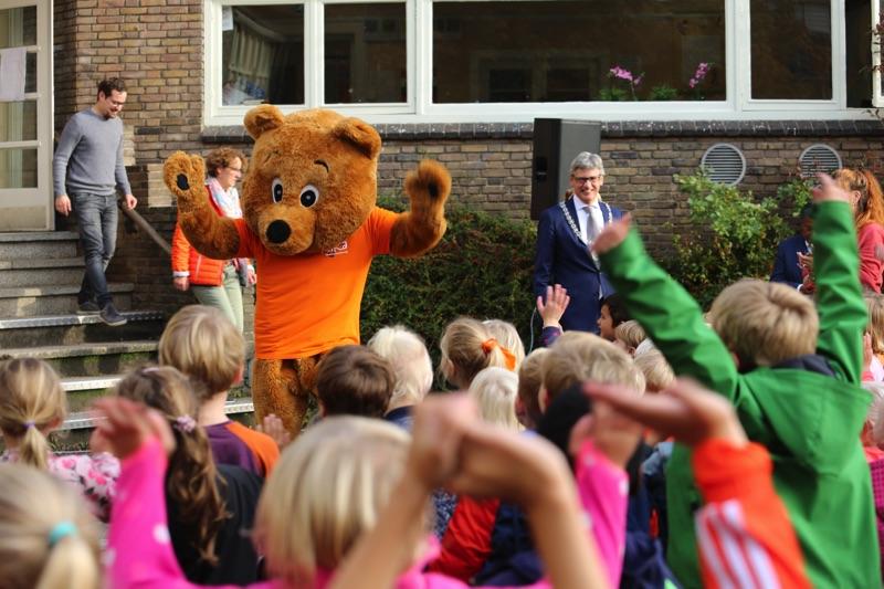 KiKa beer op basisschool de Bolster