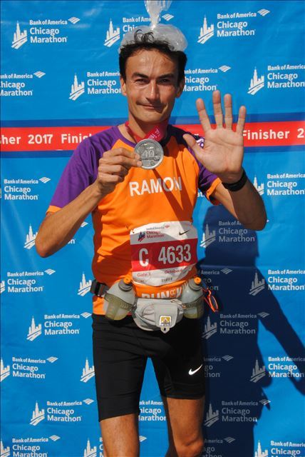 De Chicago Marathon voor KiKa - het was bloedheet - maar leverde een mooie medaille op.