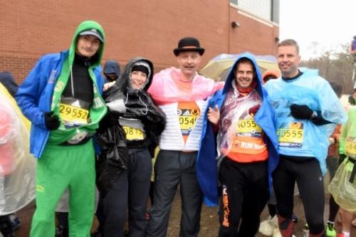 Boston Marathon met KiKa groepsfoto.
