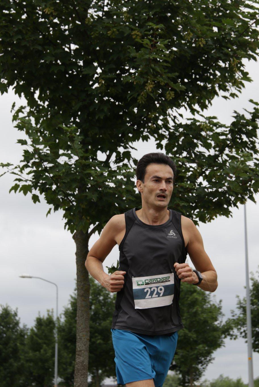 Ramon de la Fuente tijdens de Zeewolde Endurance hardloopwedstrijd