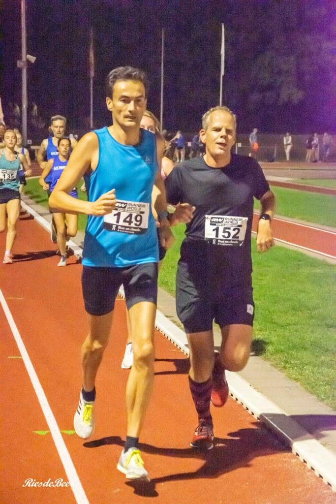 Keistad Baancompetitie Amersfoort. Ramon de la Fuente voor het eerst op de atletiekbaan. Foto: Ries de Beer.