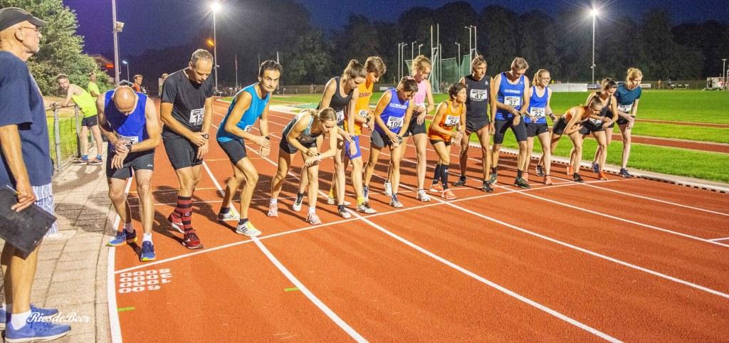 Keistad Baancompetitie Amersfoort. Voor het eerst aan de start op de atletiekbaan. Foto: Ries de Beer.